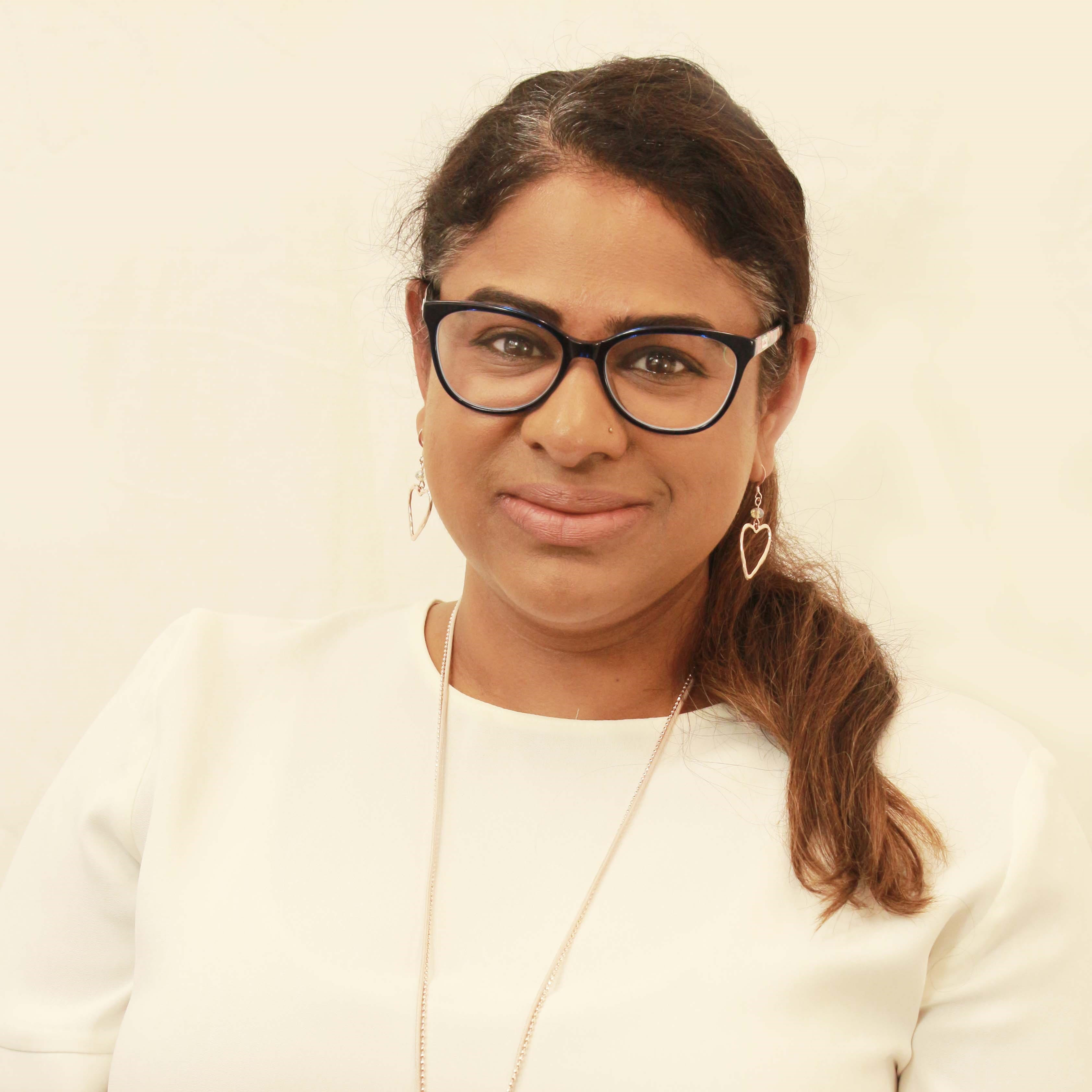 Nila Khan